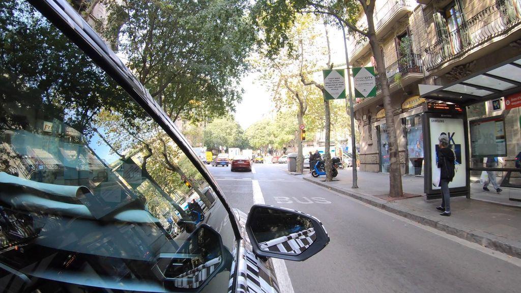 Content seat auta komunikuju so semaformi prepojenie aut so semaformi autozurnal 2