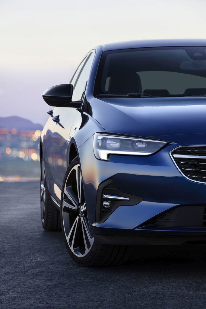Content opel insignia facelift 2020 autozurnal 6