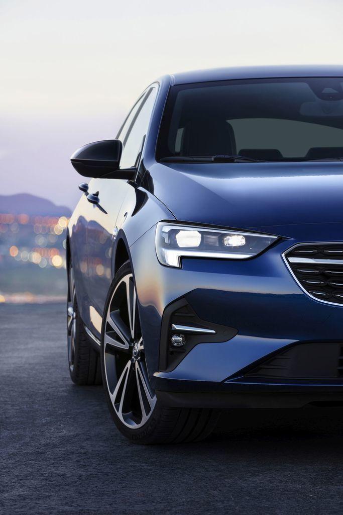 Content opel insignia facelift 2020 autozurnal 7