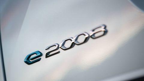 Thumb novy peugeot 2008 prva jazda e2008 autozurnal 5