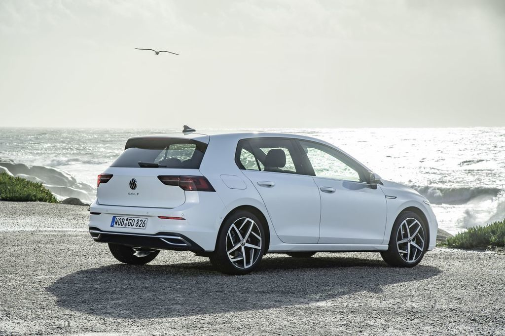 VW Golf 8 test