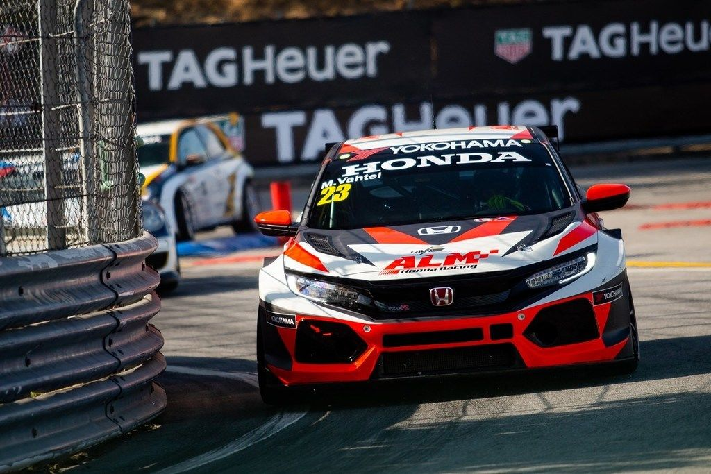 Content 199268 honda civic type r tcr awarded model of the year prize