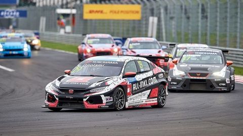 Thumb 199270 honda civic type r tcr awarded model of the year prize