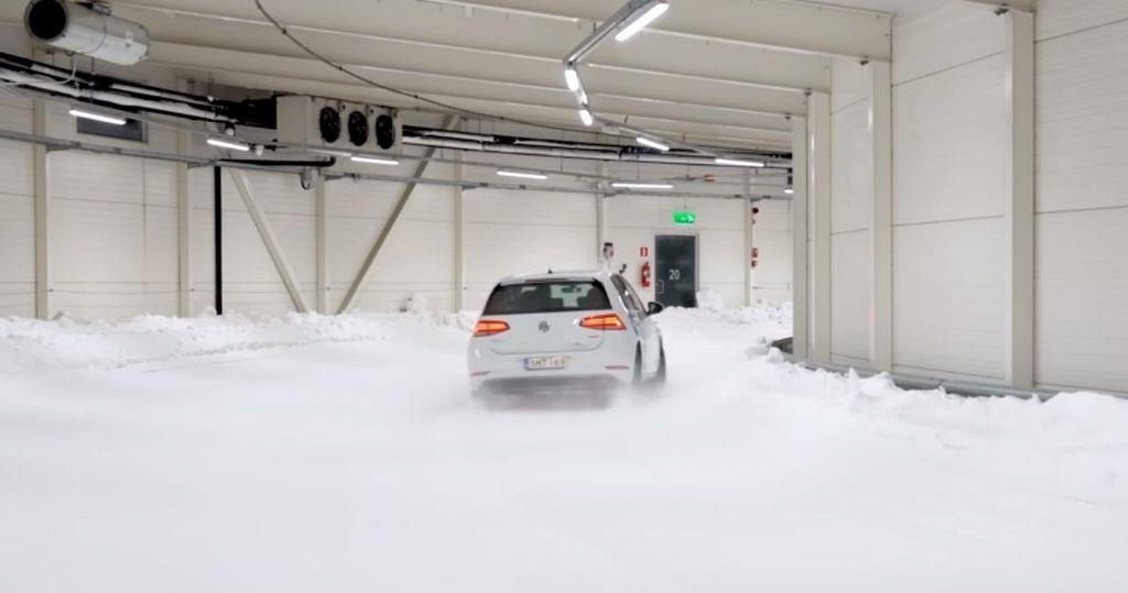 Content test zimnych letnych celorocnych pneumatik pri toznych teplotach autozurnal 8