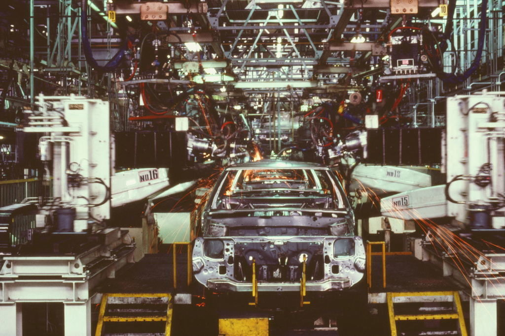Content mazda assembly line