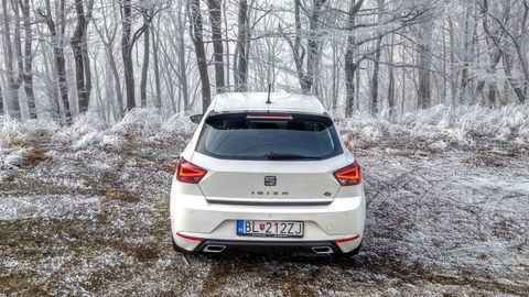 Thumb seat ibiza black limited fr  test  autozurnal 20