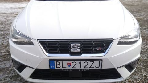 Thumb seat ibiza black limited fr  test  autozurnal 25