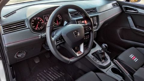 Thumb seat ibiza black limited fr  test  autozurnal 33
