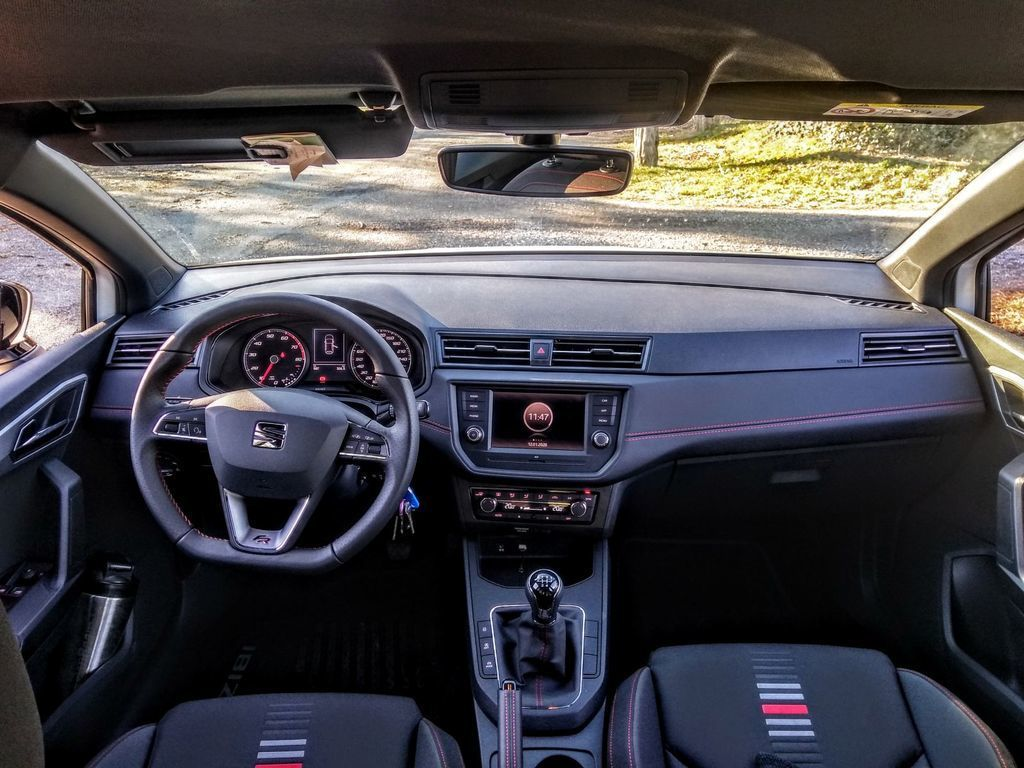 Content seat ibiza black limited fr  test  autozurnal 38