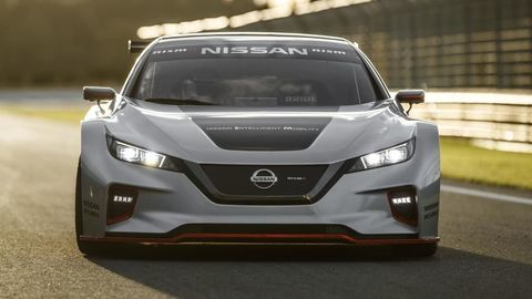 Thumb nissan leaf nismo rc makes european racing debut in spain 1