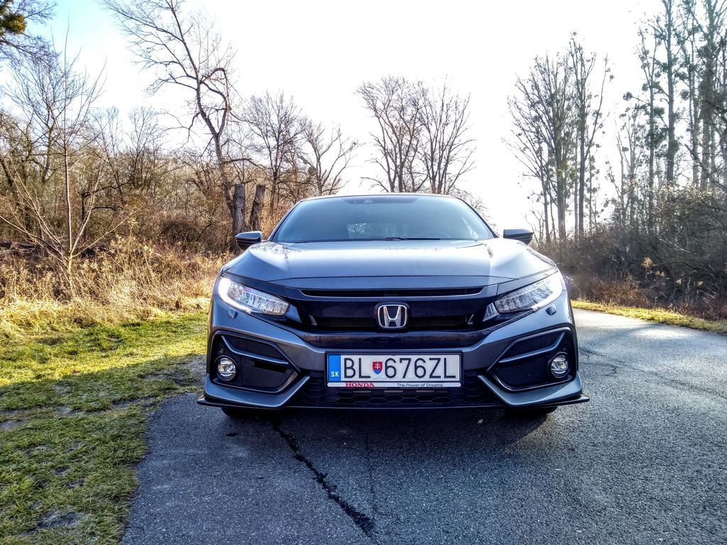 Content test honda civic 1.0 turbo sport line autozurnal 10