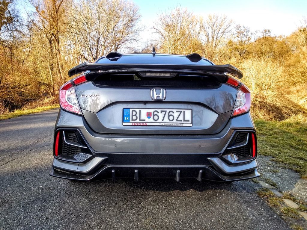Content test honda civic 1.0 turbo sport line autozurnal 32
