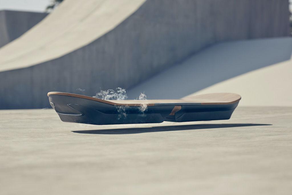 Content lexus lietajuci skateboard