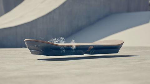 Thumb lexus lietajuci skateboard