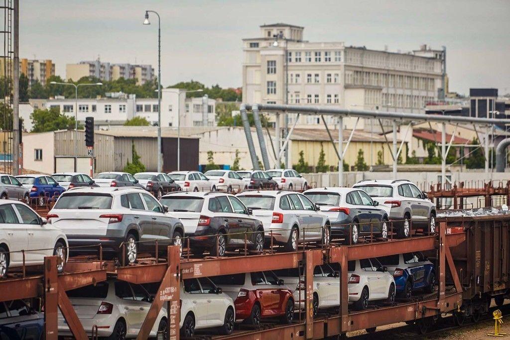 Content skoda logistics transport railway train czech