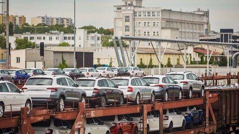 Thumb skoda logistics transport railway train czech