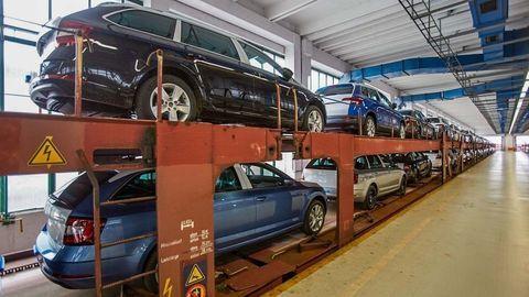 Thumb skoda railway cars transport logistics