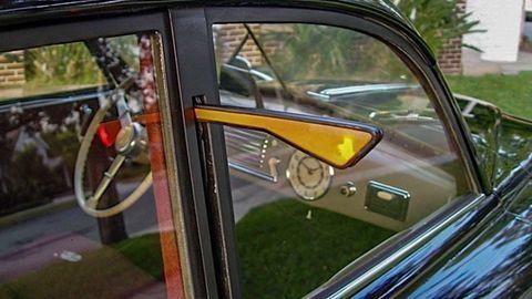 Thumb 18 automotive turn signals