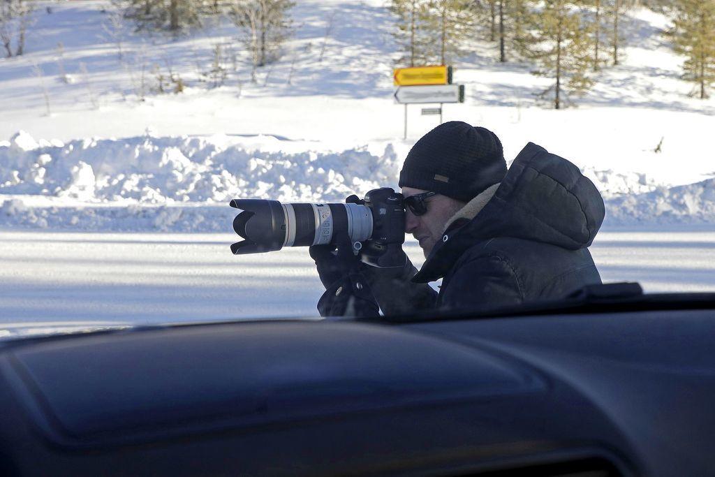 Content zo zakulisia spionazneho fotografat autozurnal.com  4