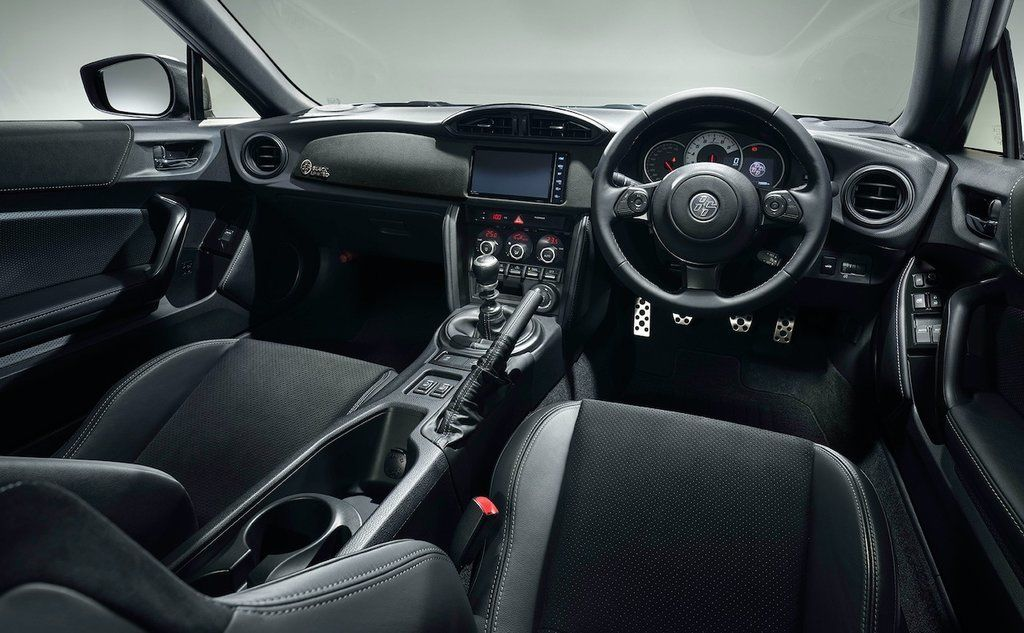 Content toyota gt86 black limited 3