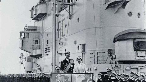 Thumb kralovna alazbeta ii s manzelom 1957