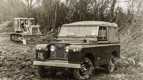 Thumb razvor 88 palcov  naftovy motor. rok 1965