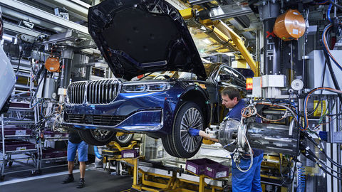 Thumb bmw dingolfing assembly line