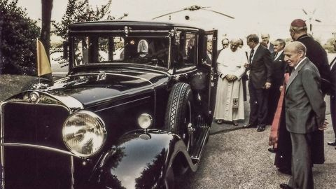 Thumb 1 1930 mercedes benz nurburg 460 popemobile in 1984
