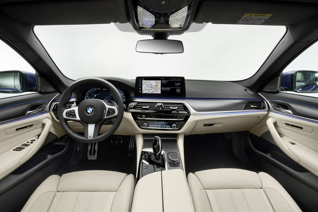 Content bmw 5  facelift 2021 autozurnal.com 44