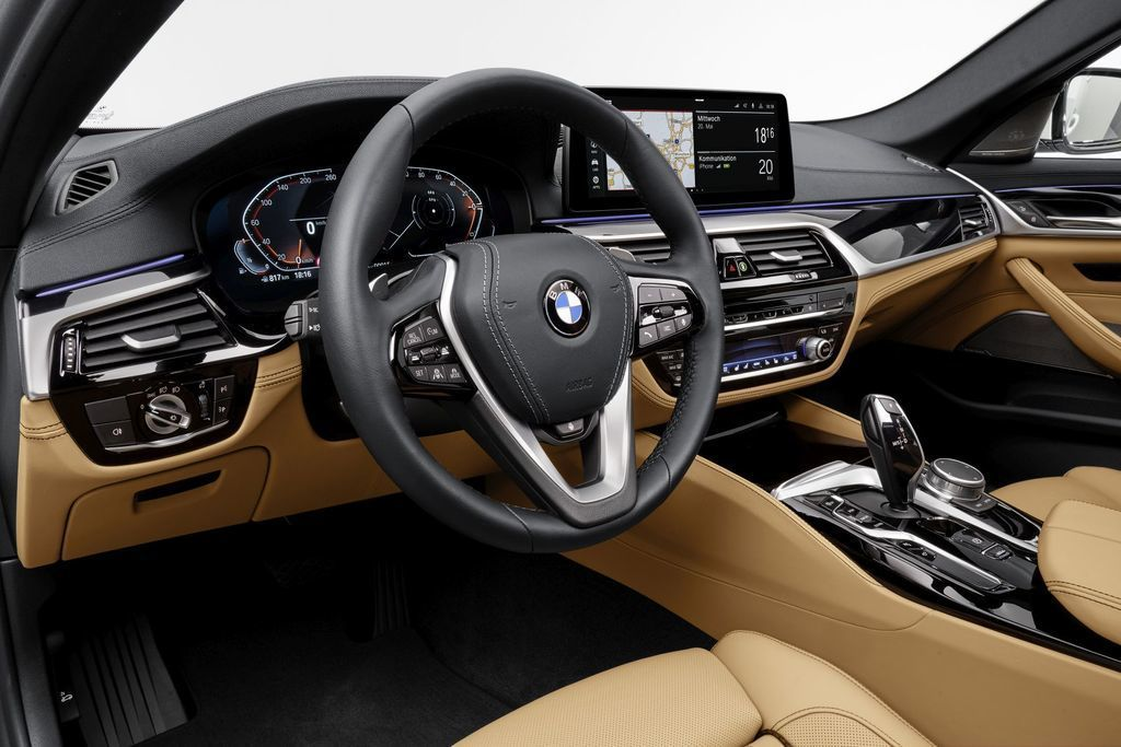 Content bmw 5  facelift 2021 autozurnal.com 68