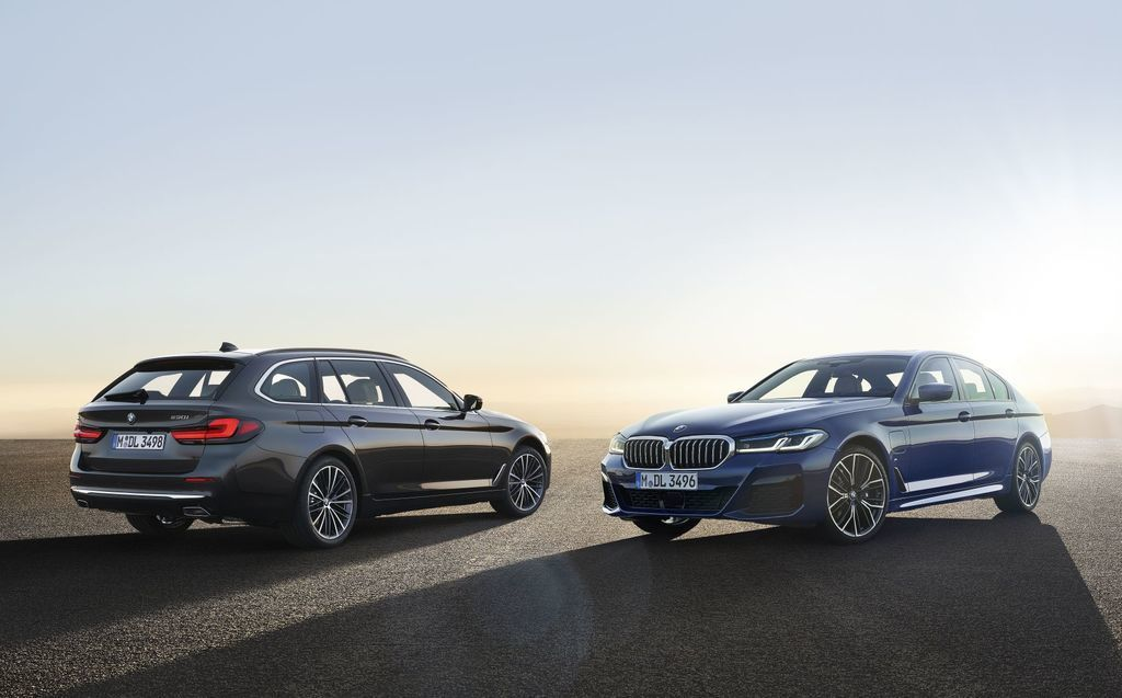 Content bmw 5  facelift 2021 autozurnal.com 76