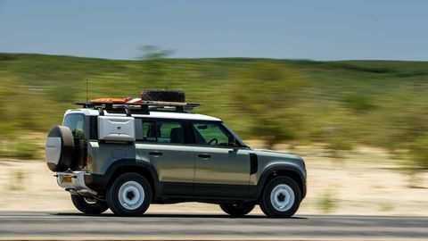 Thumb land rover defender 2020 test prva jazda autozurnal.com 5
