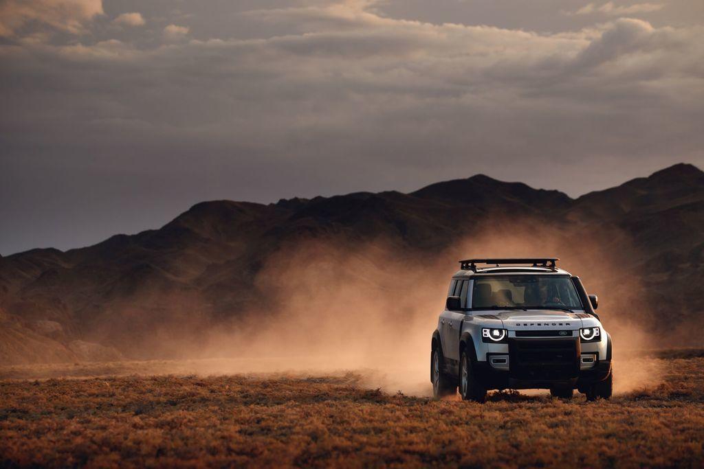Content land rover defender 2020 test prva jazda autozurnal.com 6