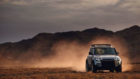 Thumb land rover defender 2020 test prva jazda autozurnal.com 6