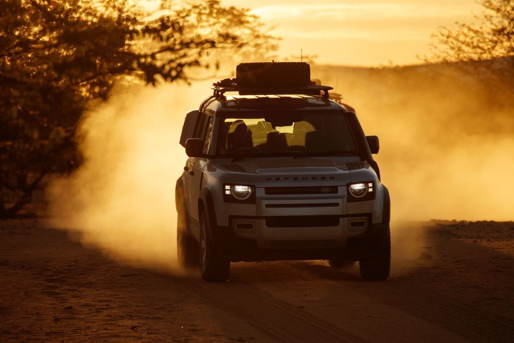 Content land rover defender 2020 test prva jazda autozurnal.com 14