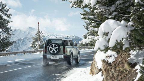 Thumb land rover defender 2020 test prva jazda autozurnal.com 23