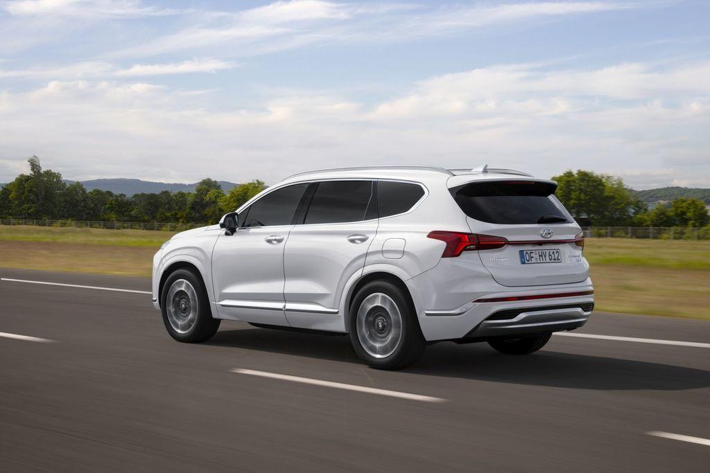 Content novy hyundai santafe 2020 facelift autozurnal.com 5