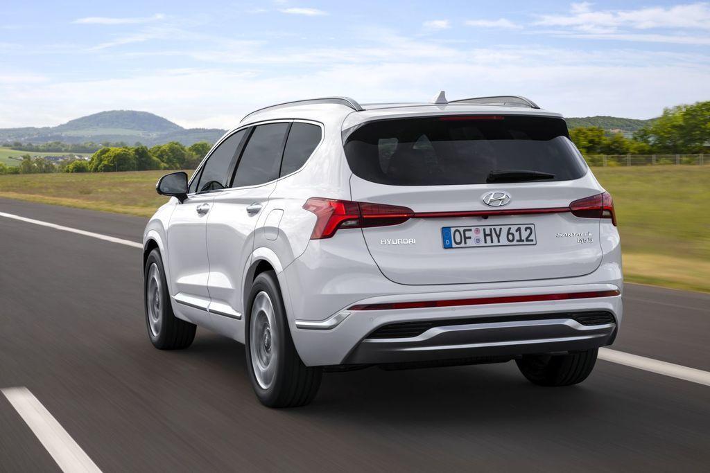 Content novy hyundai santafe 2020 facelift autozurnal.com 6