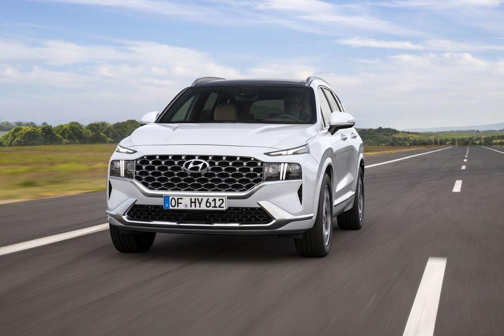 Content novy hyundai santafe 2020 facelift autozurnal.com 8