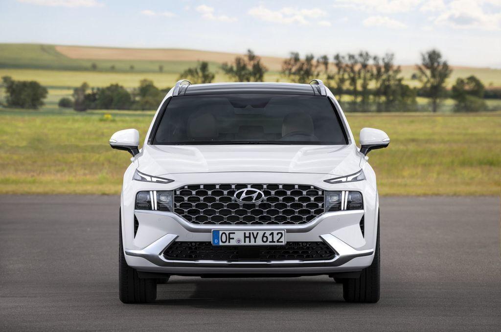Content novy hyundai santafe 2020 facelift autozurnal.com 10