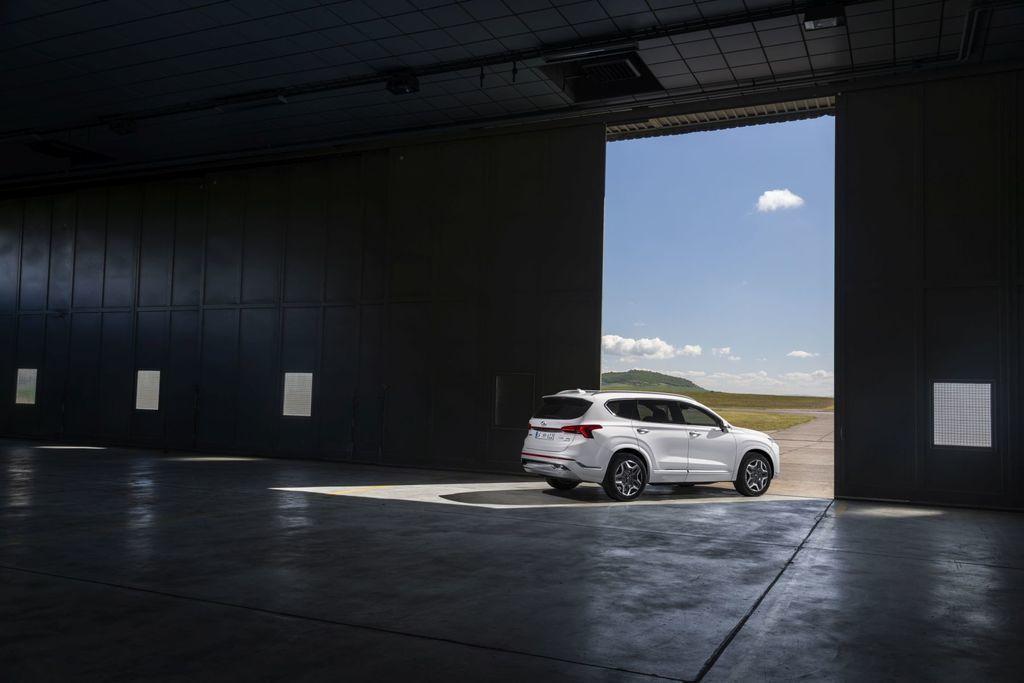 Content novy hyundai santafe 2020 facelift autozurnal.com 14
