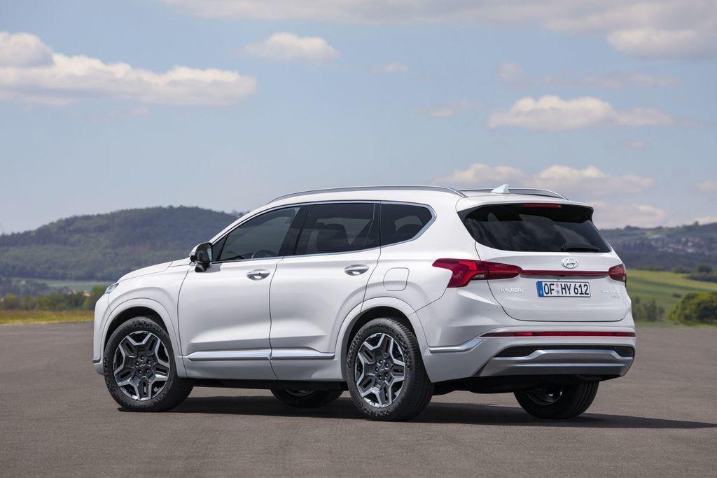 Content novy hyundai santafe 2020 facelift autozurnal.com 15