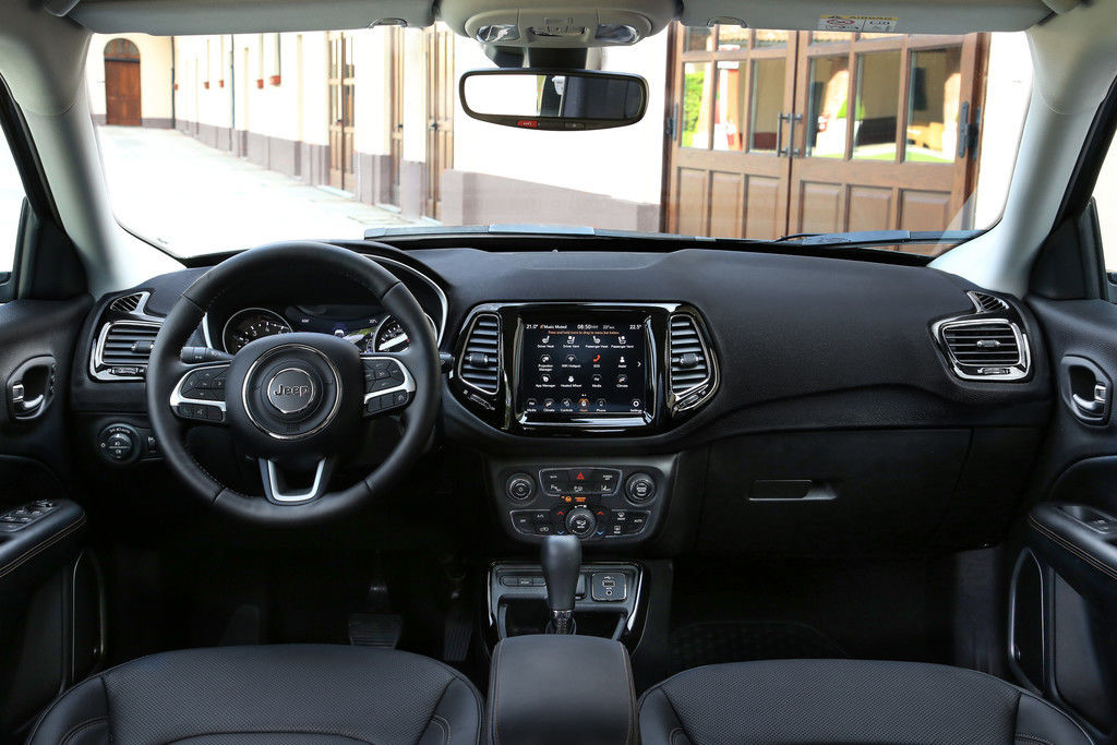 Content jeep compass pristr