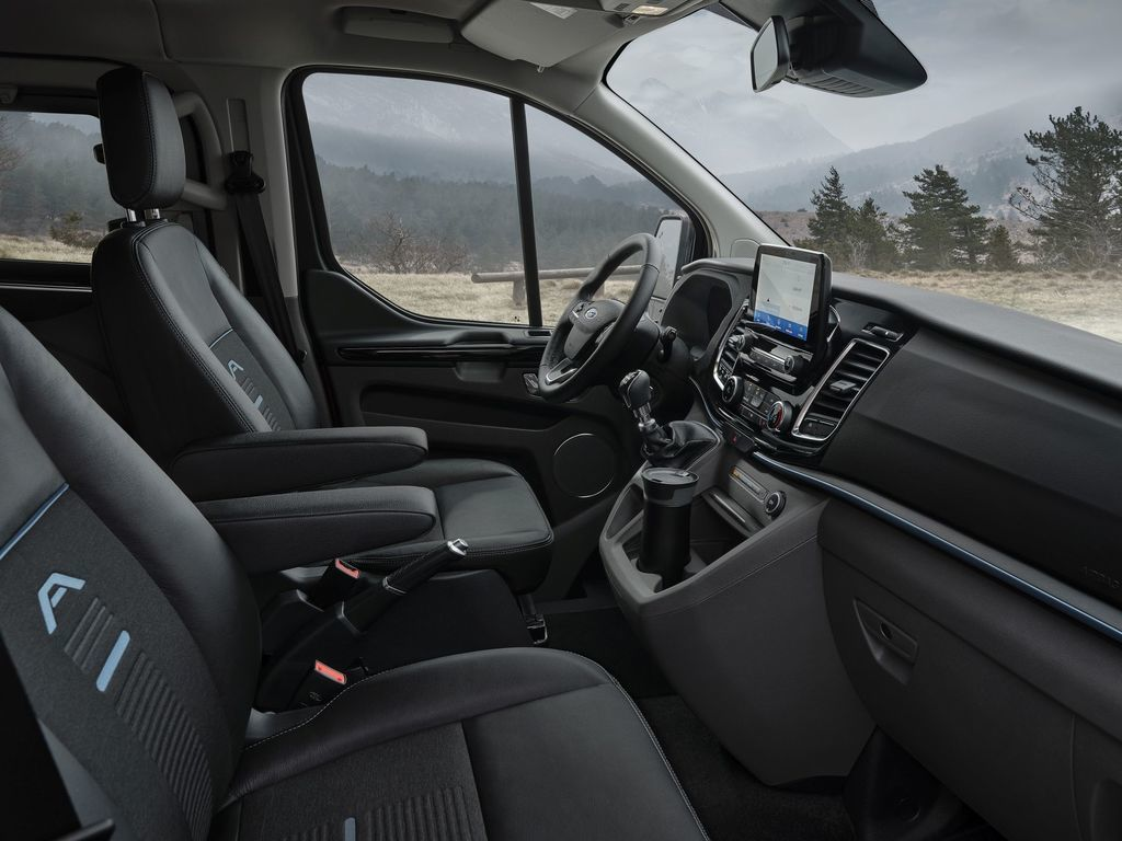 Content ford transit tral a active autozurnal.com 1