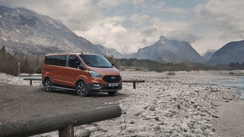 Thumb ford transit tral a active autozurnal.com 32