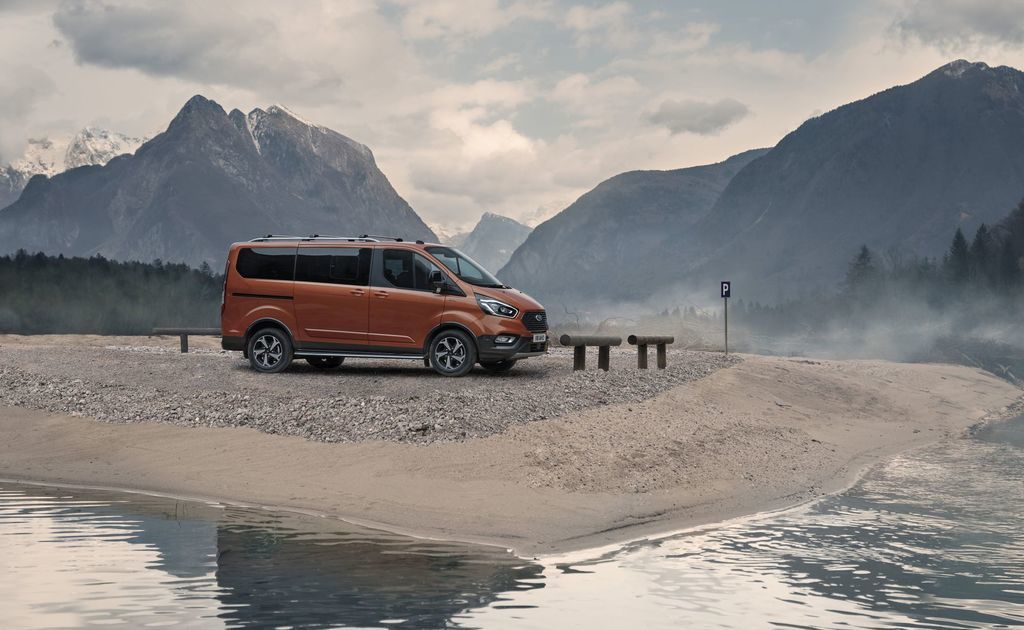 Content ford transit tral a active autozurnal.com 33