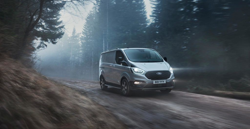 Content ford 2020 transit custom active 01 low