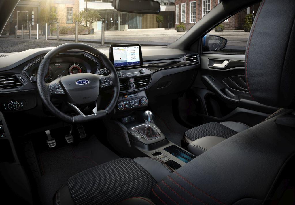 Content ford focus hybrid 2020 autozurnal.com 4