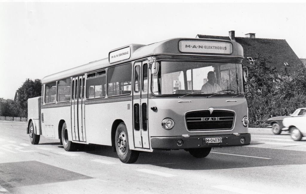 Content 03 prv  elektrick  autobus man