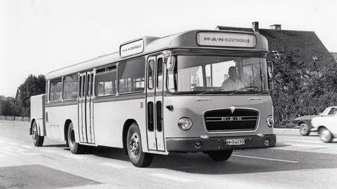 Thumb 03 prv  elektrick  autobus man